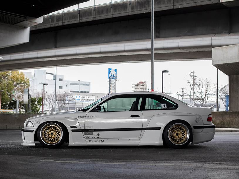 Bmw E36 pandem wide body kit